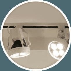 Illuminazione per negozi prezzi semplice e comfort in for Lampadari a prezzi bassi