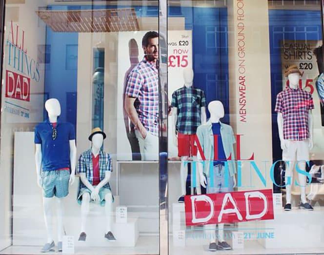 BHS-Oxford-Street-vetrine-festa-del-papà