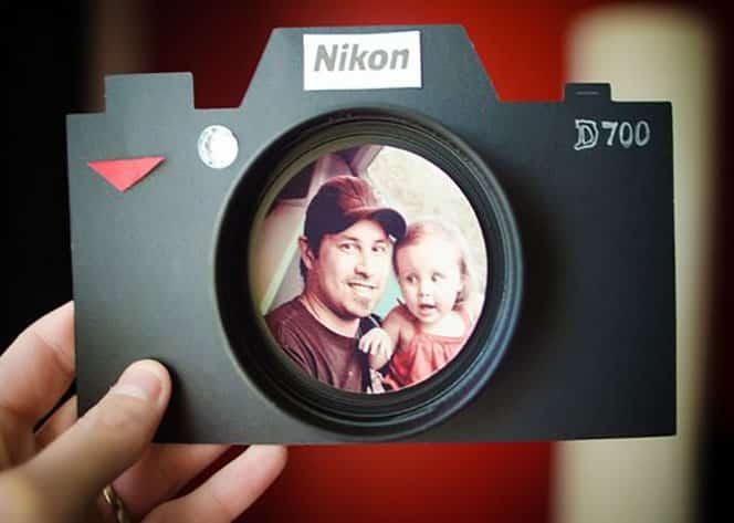 sagoma-macchina-fotografica-per-vetrine-negozi