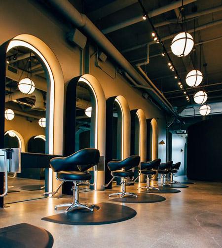 Come arredare un negozio di parrucchiere? (per fare vendite aggiuntive) » Cliento School