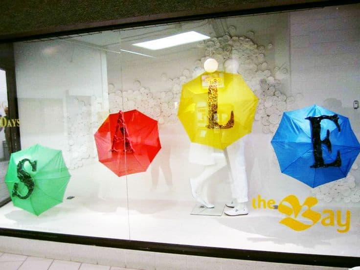 vetrina-saldi-ombrelli