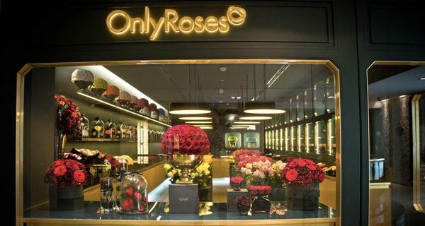 come-arredare-un-negozio-di-fiori-o-piante_OnlyRoses
