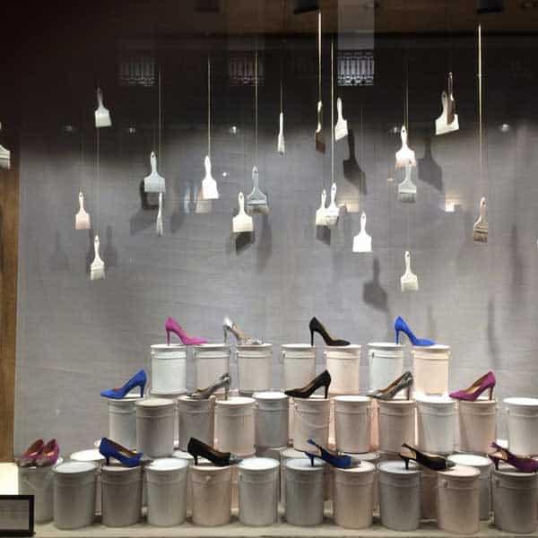 brand new af848 1580d Allestimento vetrine di scarpe & come valorizzare il ...