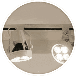 illuminare-interni-negozio-con-i-faretti-a-binario