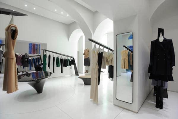 Arredare un negozio di abbigliamento caso studio idee for Arredo interni idee