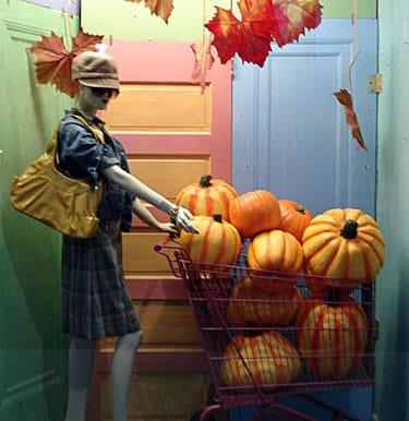 02db76839d3d #2 allestimento vetrine Halloween: Le zucche