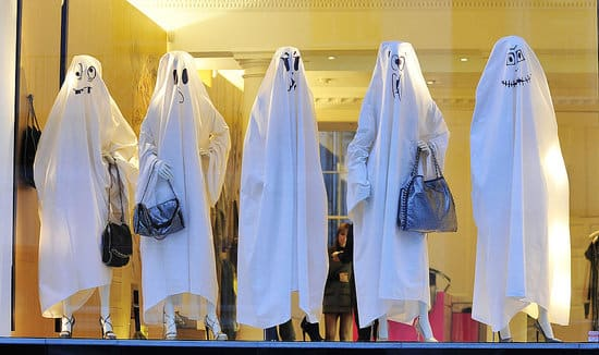 vetrine-halloween-allestimenti-fantasmi
