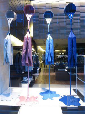vetrina con giacche