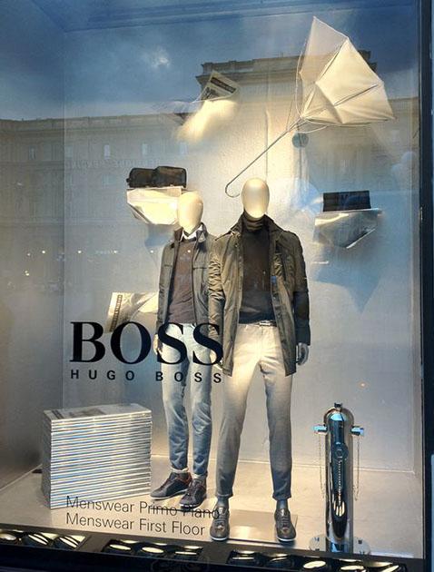 allestimento vetrine abbigliamento uomo Hugo Boss