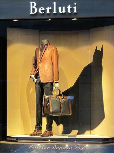 foto di vetrina abbigliamento uomo Berluti