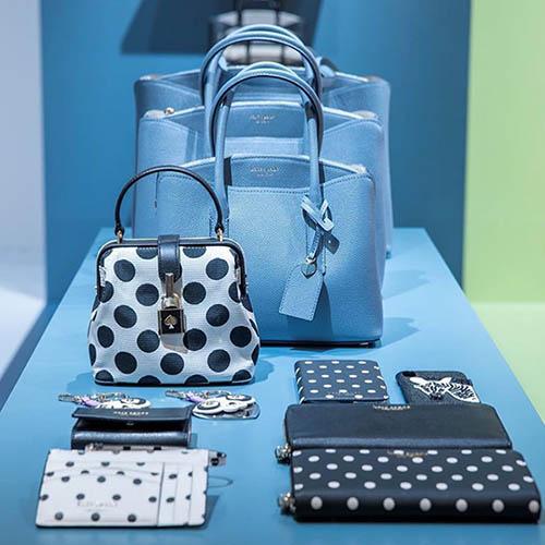 foto di prodotti del popup store di Kate Spade