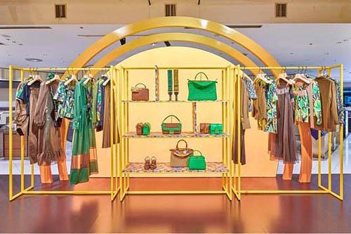 negozio allestito stile showroom - Post Covid